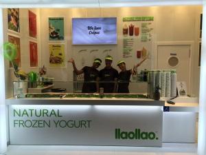 llaollao inaugura su primera tienda en París