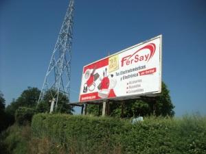 Fersay intensifica su apuesta por la marca con una amplia campaña de vallas por todo el país