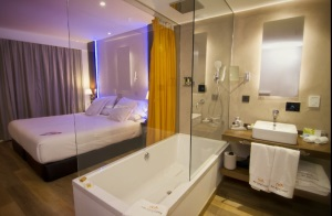 Los millenials y baby boomers copan el 82% del sector hotelero