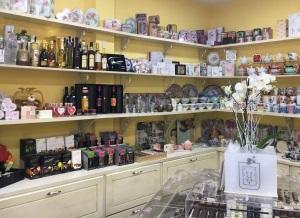 Delicias de Prada abre nueva franquicia de delicatessen en Madrid.