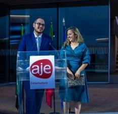 Ágora Franquicias recibe el Premio Internacionalización de AJE Extremadura