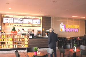 DUNKIN' COFFEE inaugura su décimo coffe shop en Barcelona