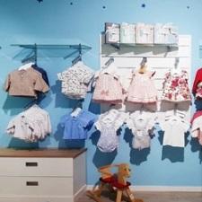 La marca de moda infantil, Petit Dreams,  se posiciona en el mercado como la marca líder